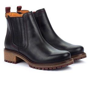 NIB Pikolinos Black Aspen Boots
